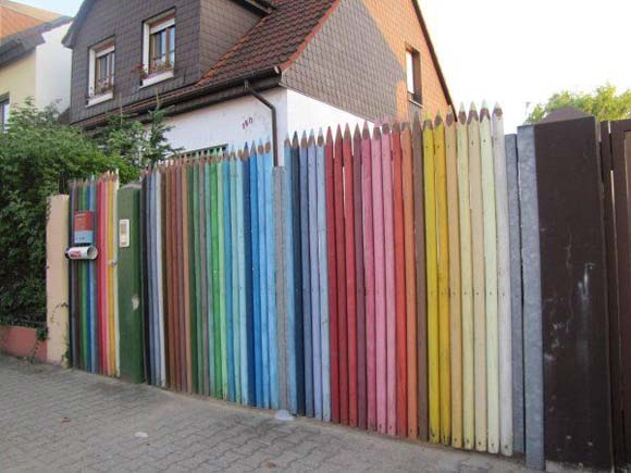 34 Cool and Unique Fences ~ Now That\'s Nifty