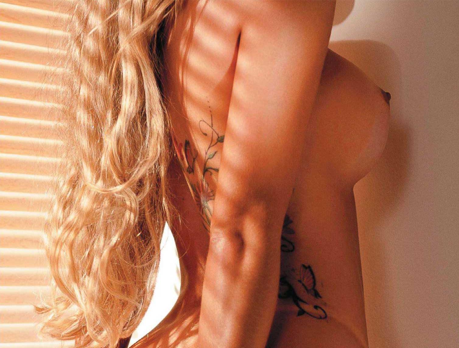 Revista Playboy Capa Aryane Steinkopf A Delicia Que O P Nico