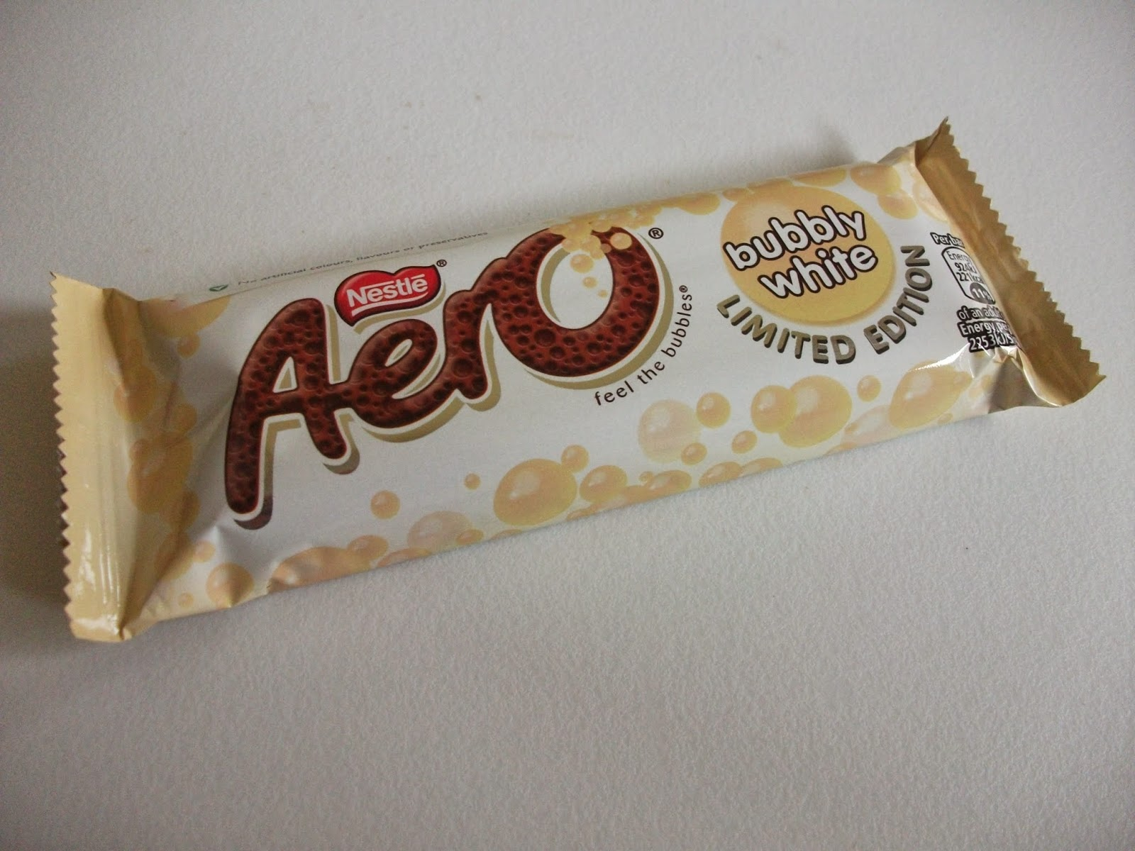 nestle aero bubbly white chocolate