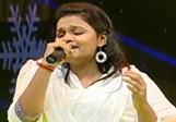 Madhumitha sings Poo Meethu Yanai | Tubetamil.com
