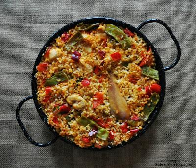 recette paella poulet traditionnelle espagnole
