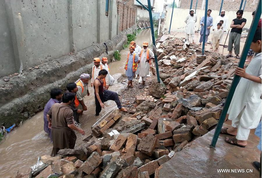 43 deaths mainly children killed by deadly rain storms in Pakistan