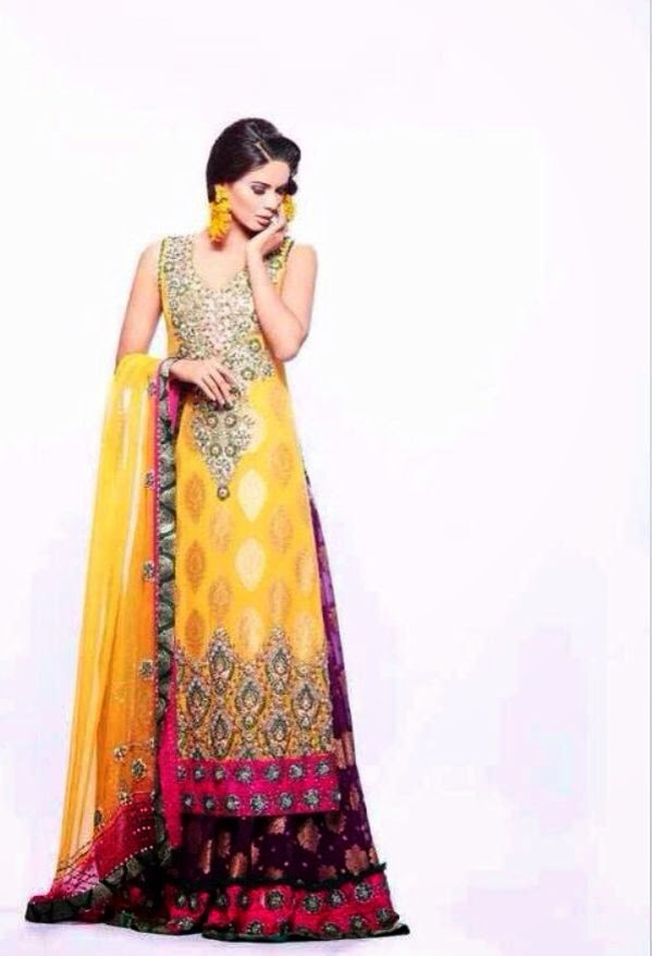 Mehndi Party Clothes : Fancy mehndi dresses  for brides classy