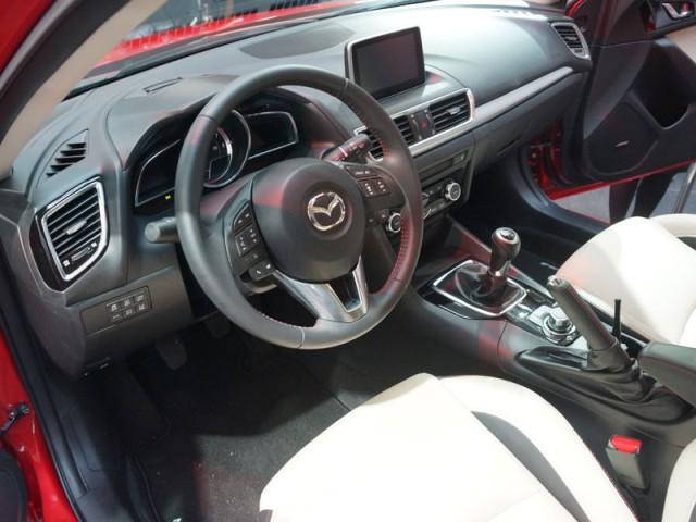 Mazda 3 New 2014 interior
