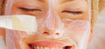 Bí quyết tự chế dầu dừa nguyên chất rửa mặt mỗi ngày