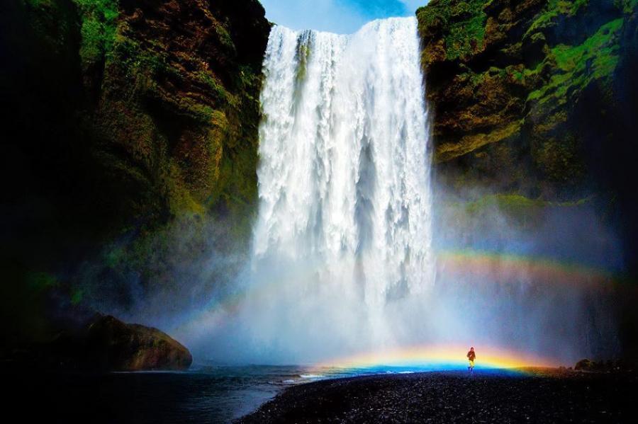 Самые красивые девушки у водопадов фото
