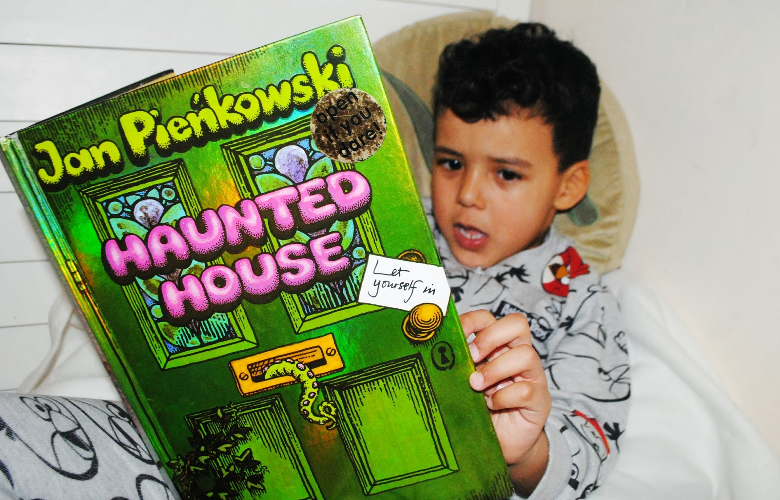 Jan Pienkowski Haunted House Book