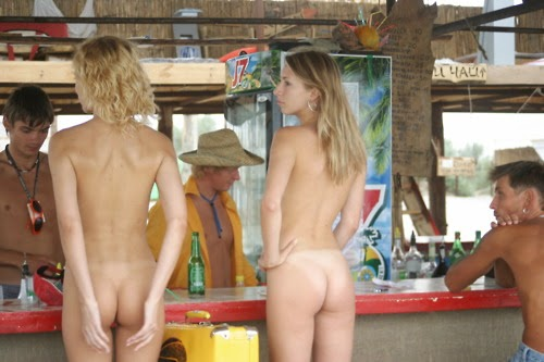 nude shopping pics   nudist images