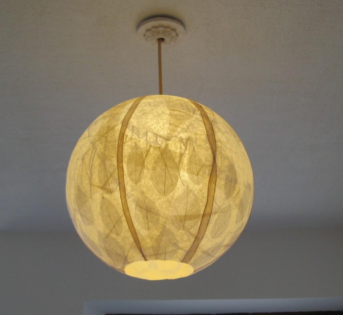 suspension boule feuilles de bayan. Black Bedroom Furniture Sets. Home Design Ideas