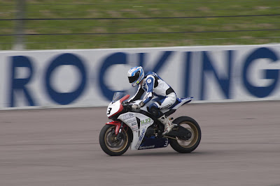 Motorcycle racing at Rockingham