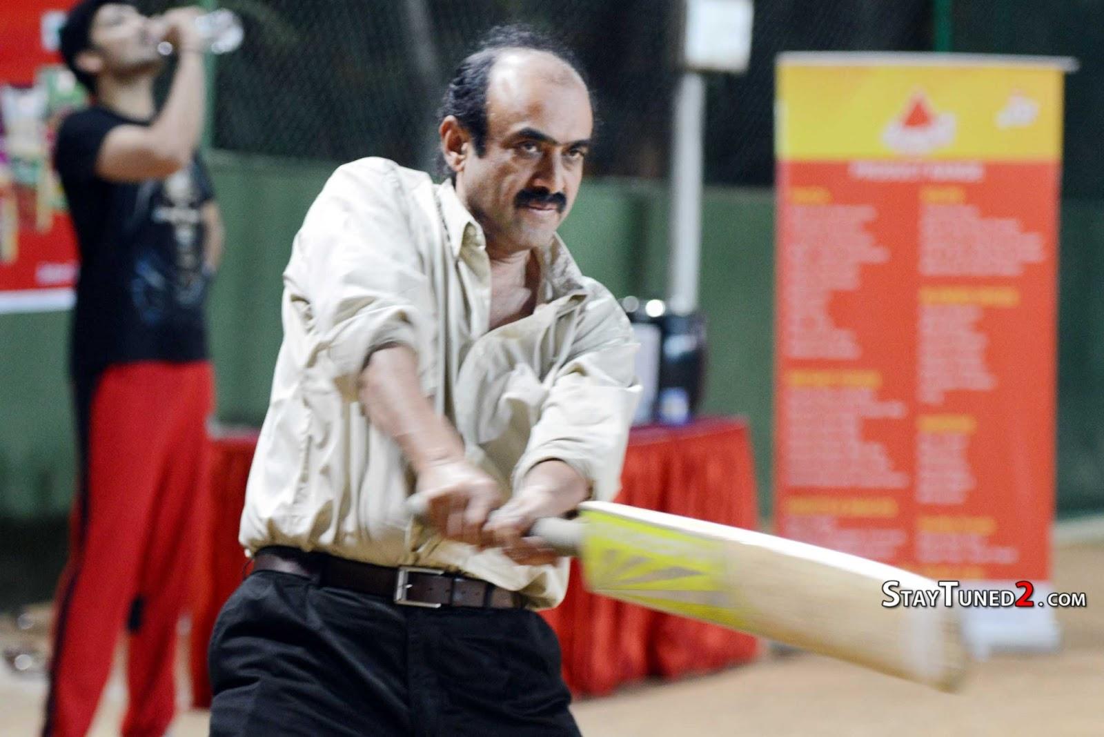 http://1.bp.blogspot.com/-OjmWXThkoAw/URNOFOwFKBI/AAAAAAAAFVY/jilE-zlYVcs/s1600/Telugu-Warriors-Practicing-For-CCL-3-At-In-Sportz-Stadium-64.jpg