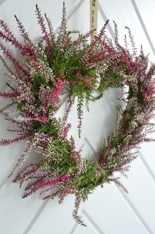 Ring Wire Wreath