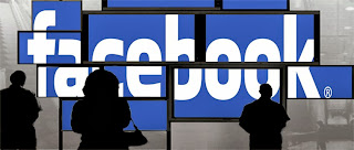 الدخول إلى فيس بوك باستخدام أكثر من إميل