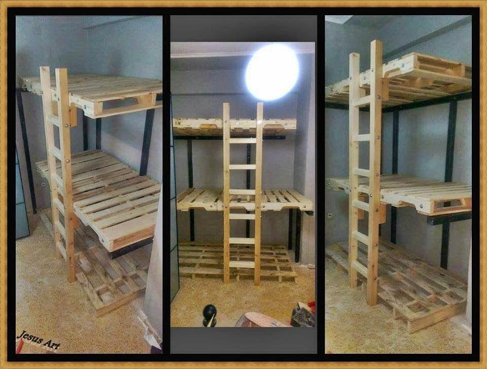 Triple litera realizada con palets for Escaleras de madera sencillas