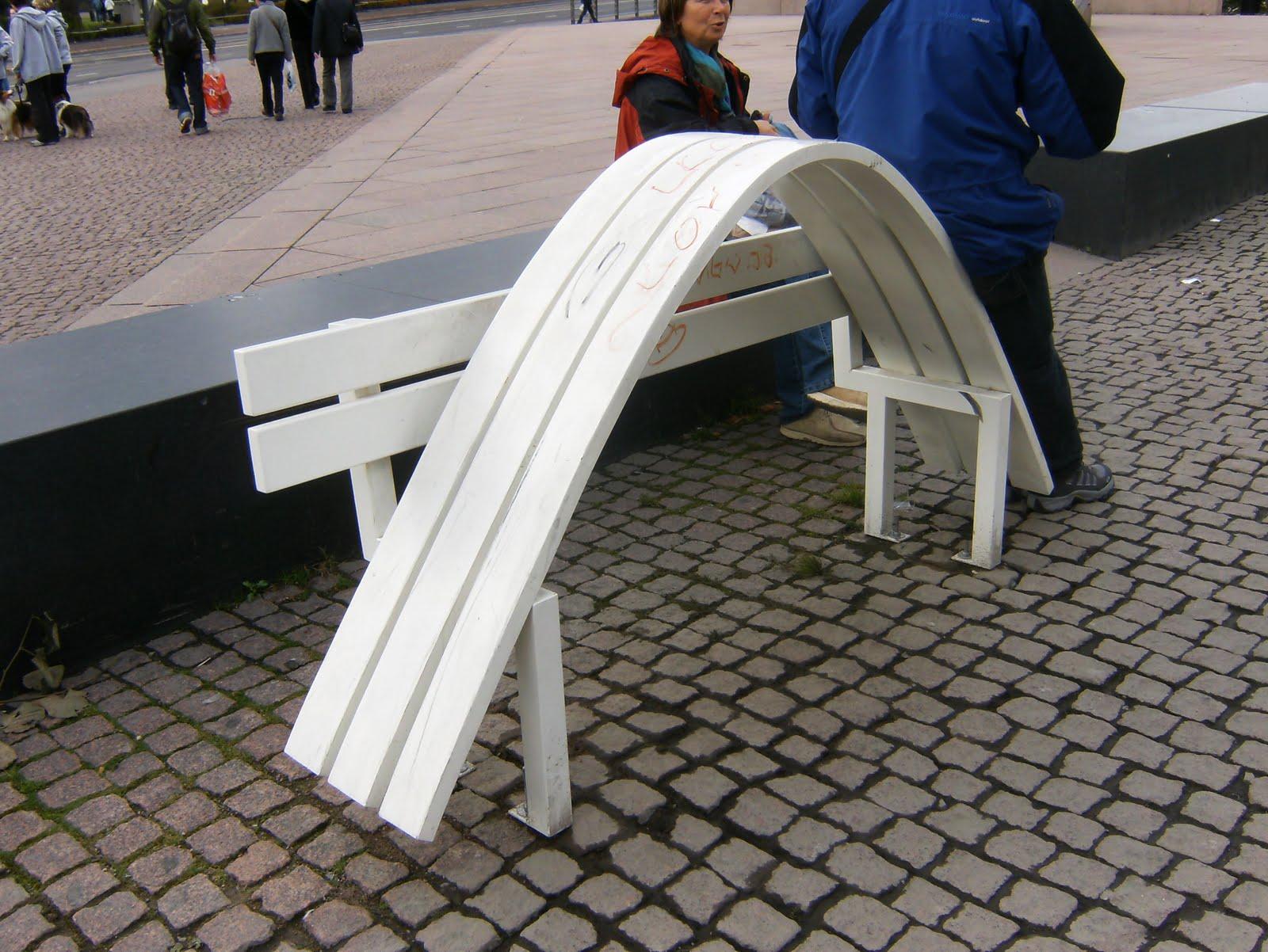 Franke: 1.Tronos e Assentos 2. Cadeiras com Arte (idéias aqui #24396B 1600x1202
