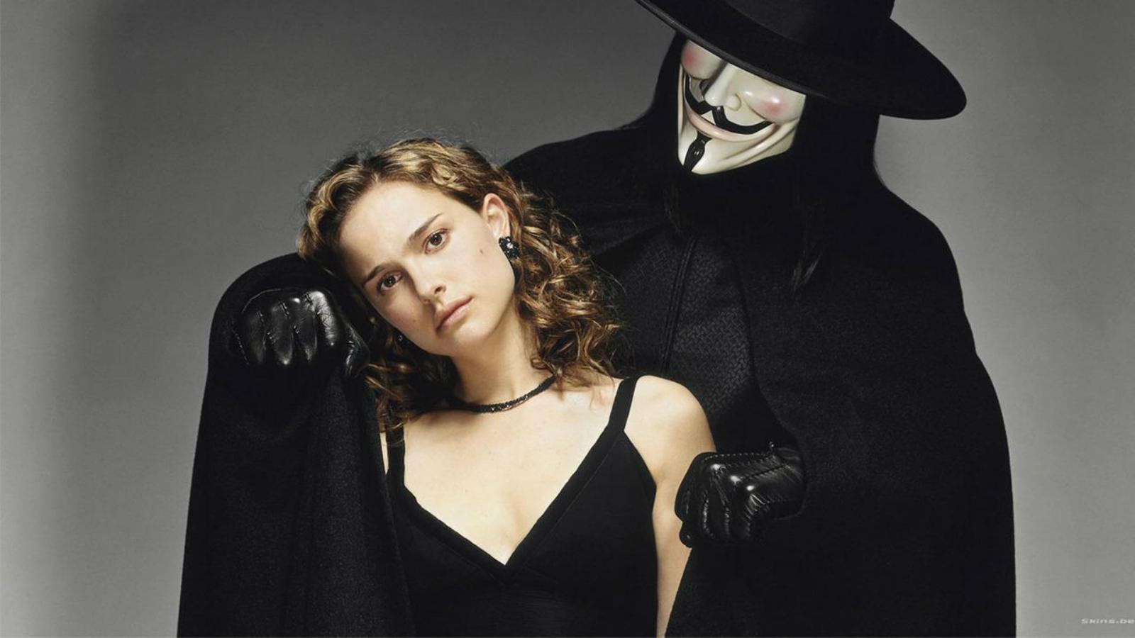 http://1.bp.blogspot.com/-OkAPS0HneMU/TlrLzeOAl8I/AAAAAAAAAuU/cYhkVrNGzo4/s1600/vendetta_guy_fawkes_wallpaper_movies_black_and_white_wallpaper_.jpg