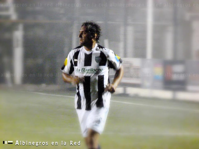 ...Y una noche Enzo Francescoli jugó en Cipo