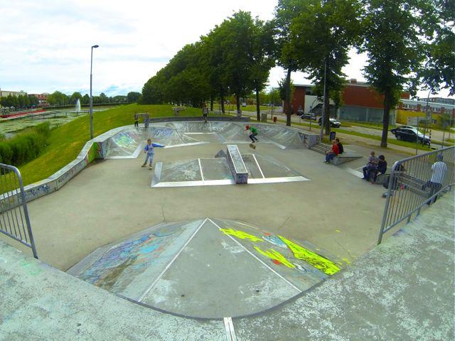 Het street gedeelte van skatepark Silverhills in Lelystad.