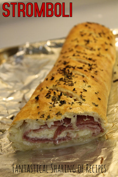 Stromboli | Delicious Italian bread stuffed with salami, ham, and mozzarella | www.fantasticalsharing.com