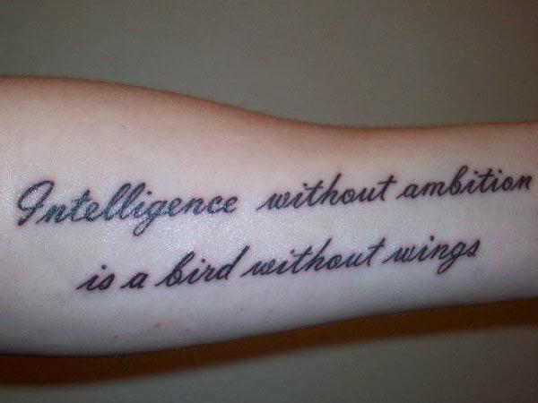 Фото тату на внутренней стороне руки надпись
