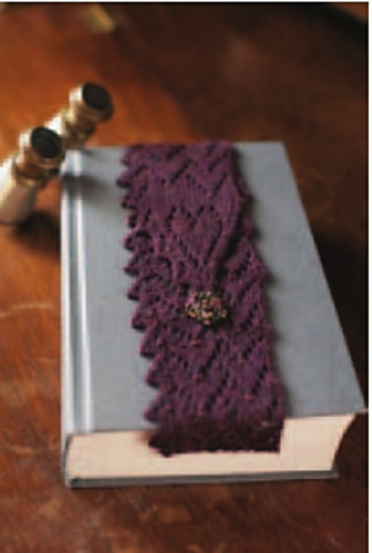 The Knitting Needle and the Damage Done: accessories to knit