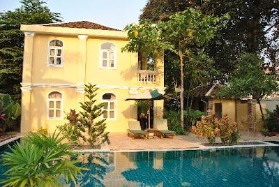 Vista all'esterno di La Villa Battambang