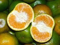 kulit wajah cantik berkat buah jeruk