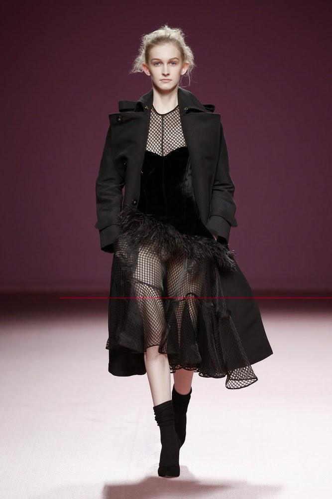 vestido negro transparencias juan vidal