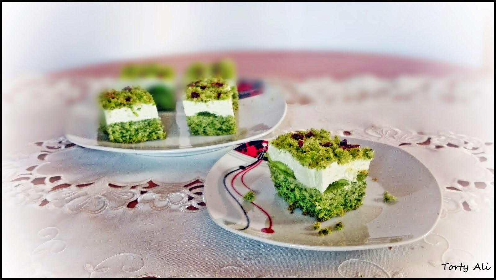 Mech-ciasto szpinakowe