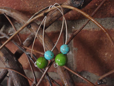 https://www.etsy.com/listing/73159833/simply-spring-dangle-earrings-green-and
