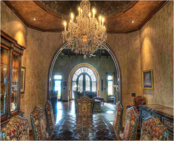 Tuscan dining room design ideas room design inspirations for Tuscan interior designs