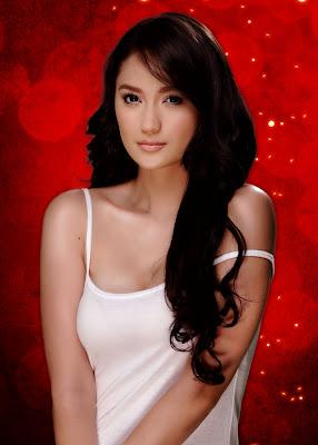 Pinay Bold Actress Arci Muñoz