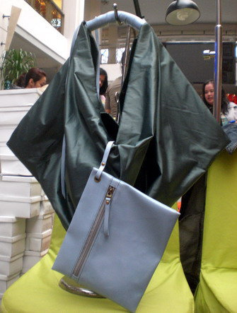 aneka model tas wanita, model tas wanita, tas wanita murah, tas wanita abu-abu tua
