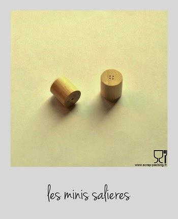 Mini salière ou poivrière bois
