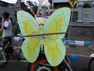 kupu-kupu becak hias