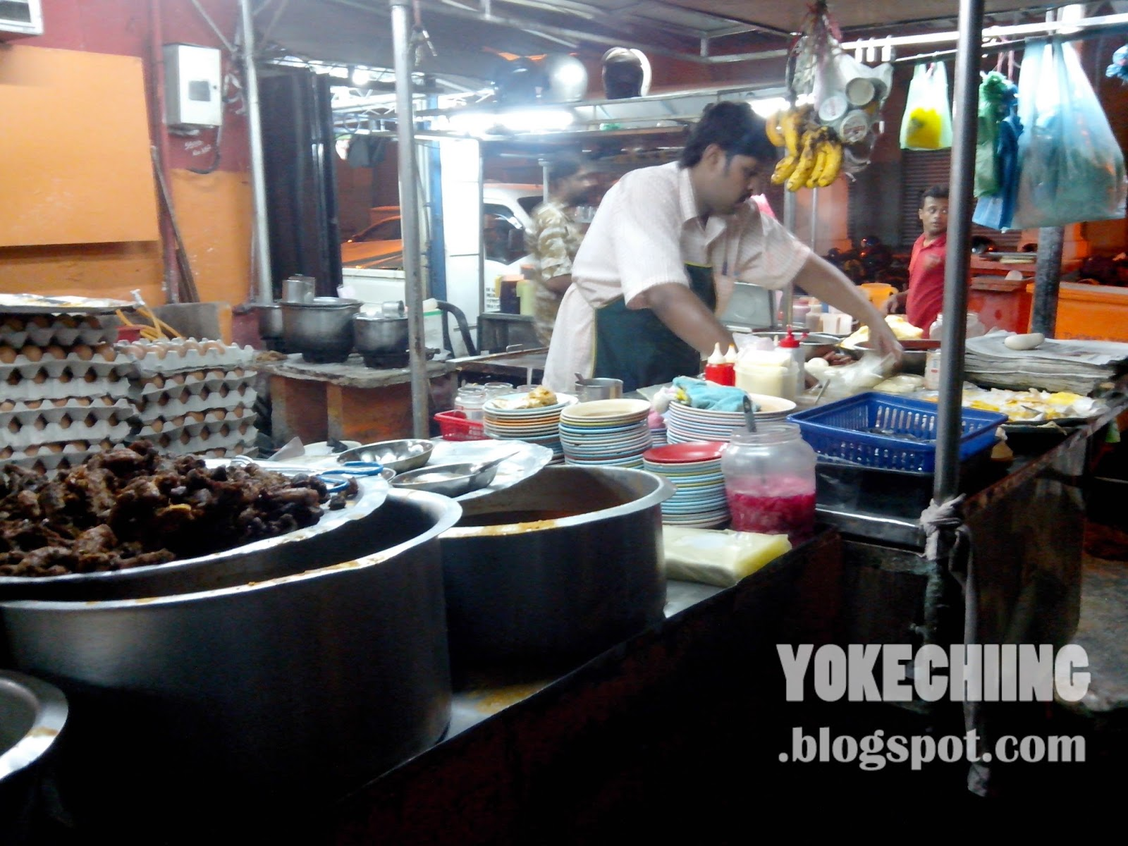 mamak stall Mamak stall - no 'pork' [funny] want music and videos with zero ads get youtube red.
