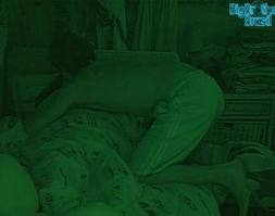 Fael e Noem Transando Embaixo do Edredom BBB12 Completo