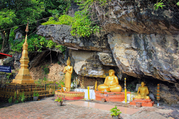 Wednesday Buddha Statue in Phou Si Hill