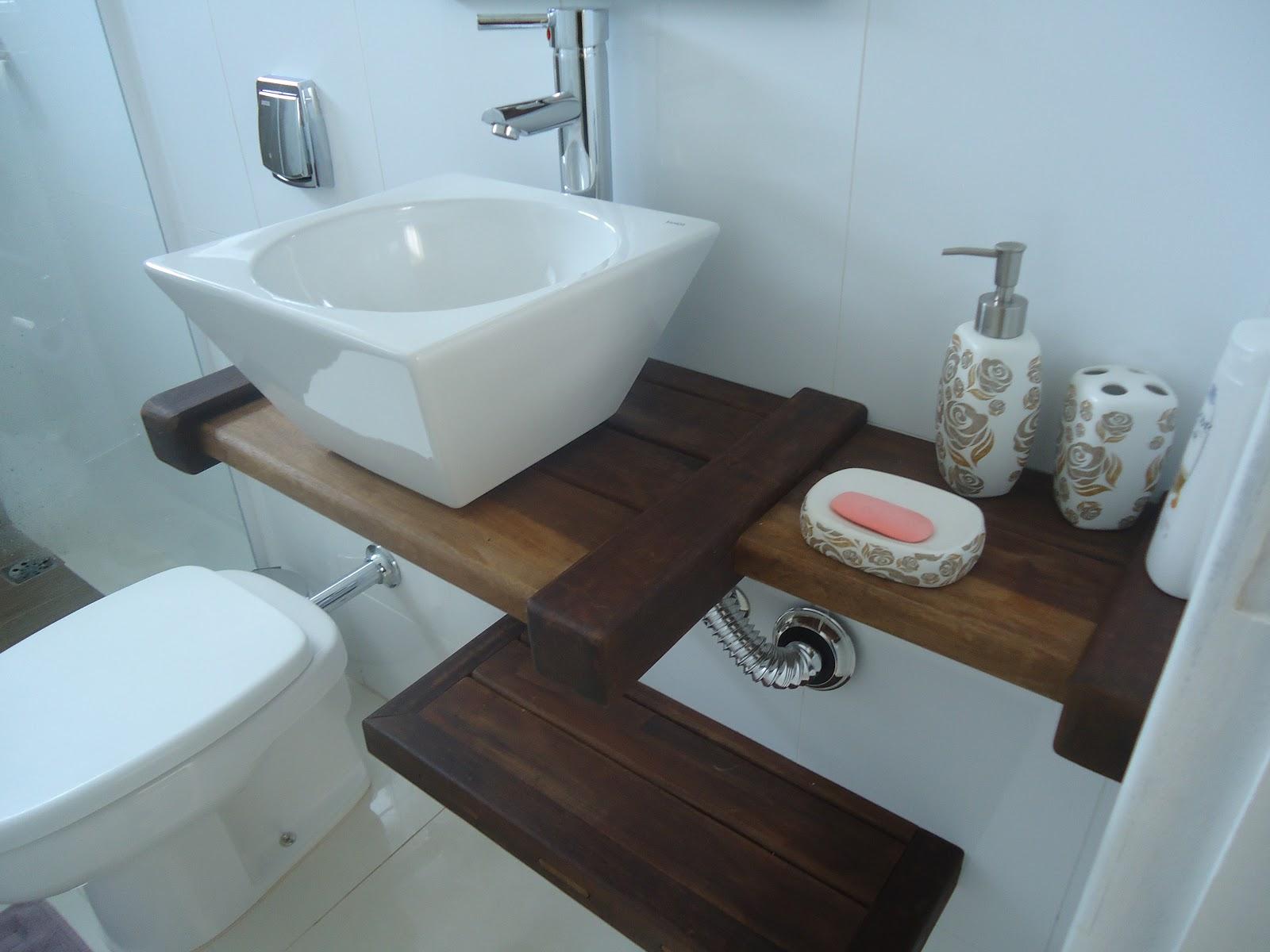 Pedras e Jardins: Pias para banheiros em madeira de demolição. #427089 1600x1200 Balcão Para Banheiro Em Madeira De Demolição