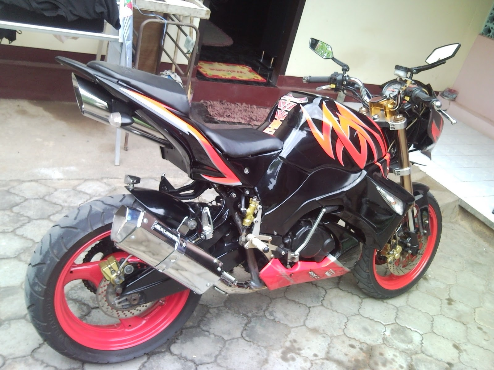 Super Modifikasi Honda Tiger