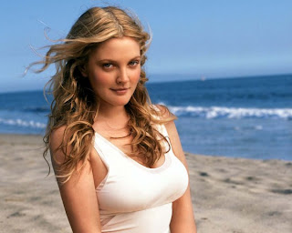 Celebrities With Big Body Assets: Drew Barrymore
