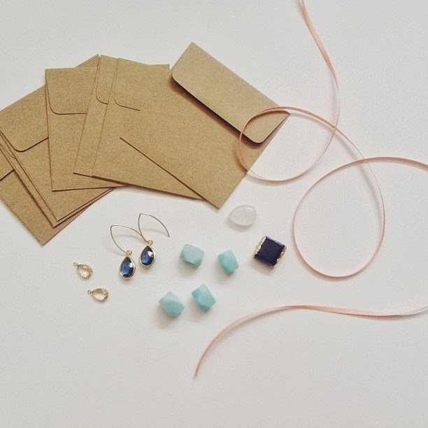 Jewelry design, Smitten on Sunday, gems, behind the scenes