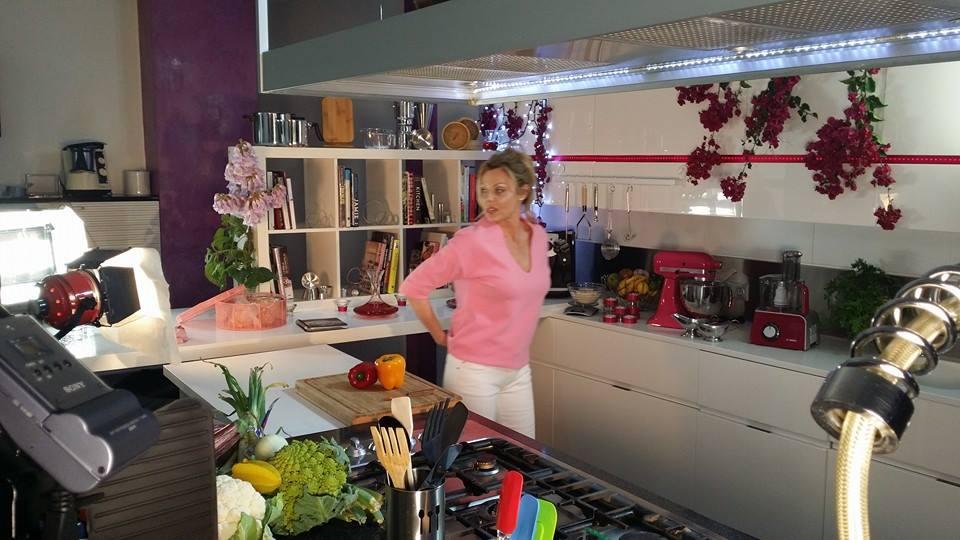 Promo Yolanda cooking in Mallorca