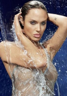 hot celebrities pics hollywood hot actress erotic angelina jolie hot sexy pics,hot photos and wallpapers showing skin and boobs