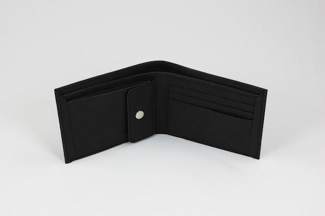 輕薄黑色零錢袋短夾 Men's Wallet with Coin Pocket made from Washable Kraft