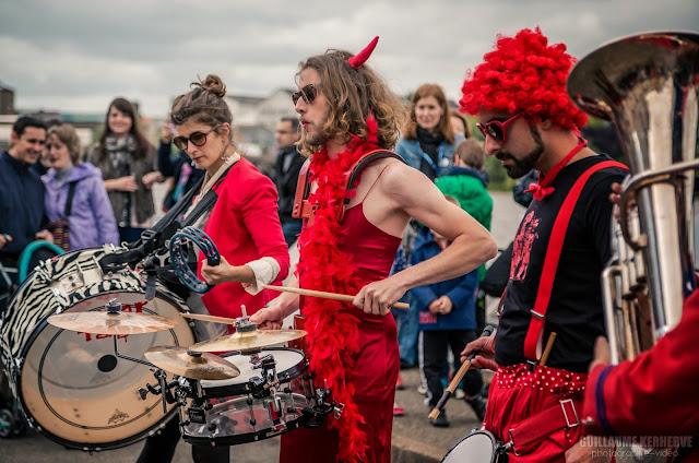 La fanfare Tahar Tag'l à Nantes : Festival Les Fanfaronnades de Trentemoult 2015