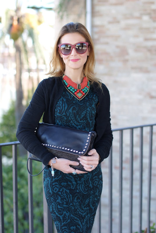 green bodycon dress, statement necklace