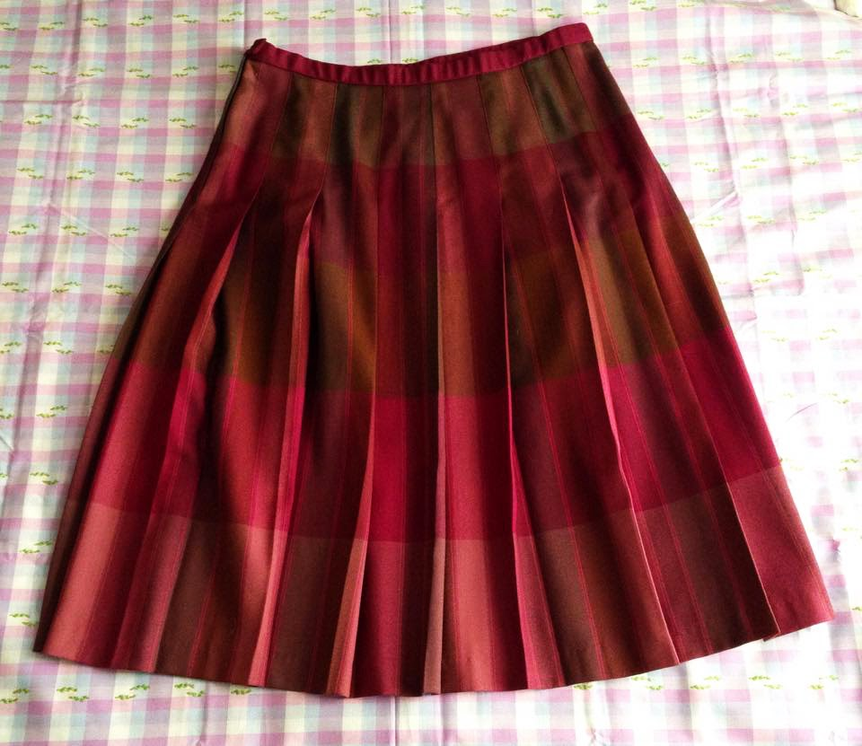 rosariummmm altering a pleated skirt tutorial