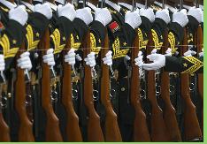 China apuesta por aumentar lazos militares con Irán pese a programa nuclear