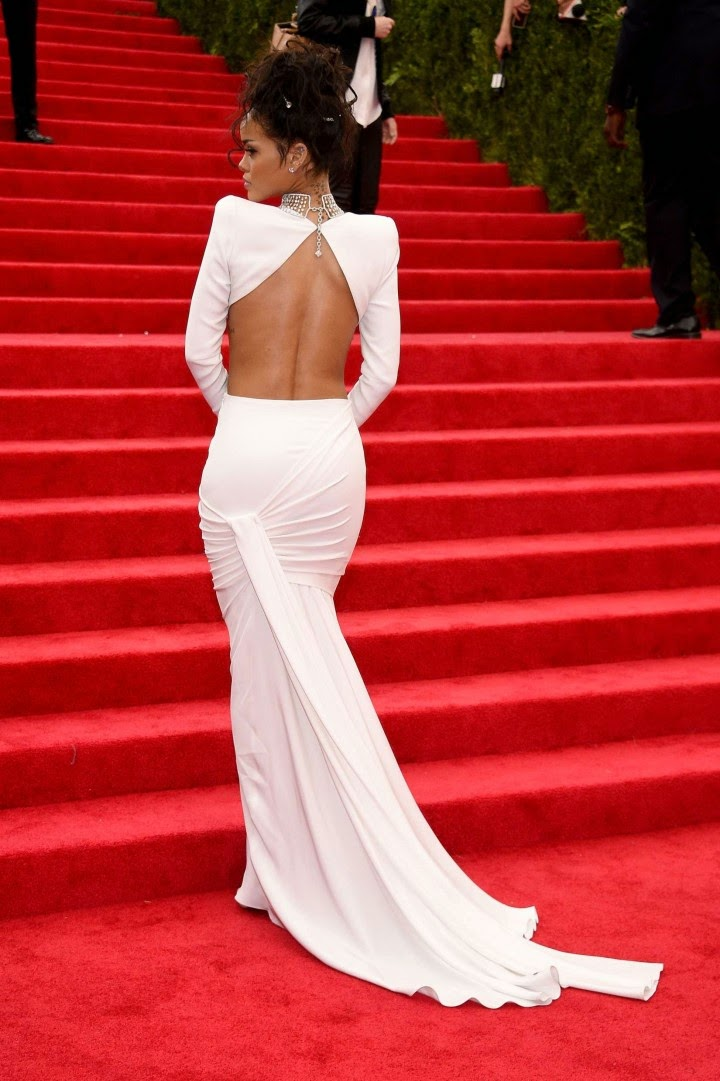 Rihanna dresses up in Stella McCartney for the 2014 Met Gala